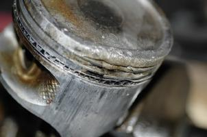 piston_detonation_damage
